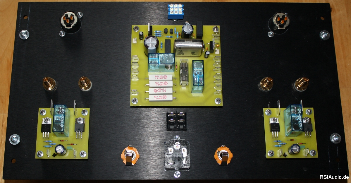 Rear Panel with Inputs and Outputs, Muting and Remote
